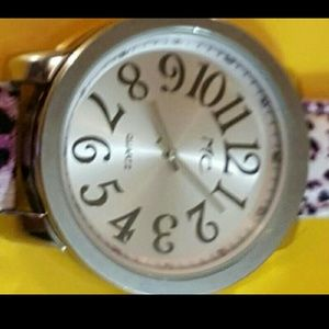 Mc Accessories - 🎶  💋Womens watch