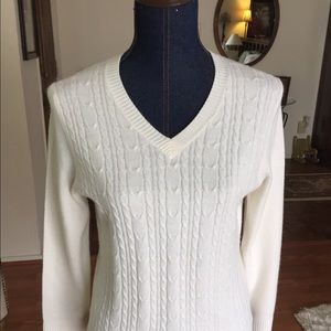Beautiful white front cable knit sweater