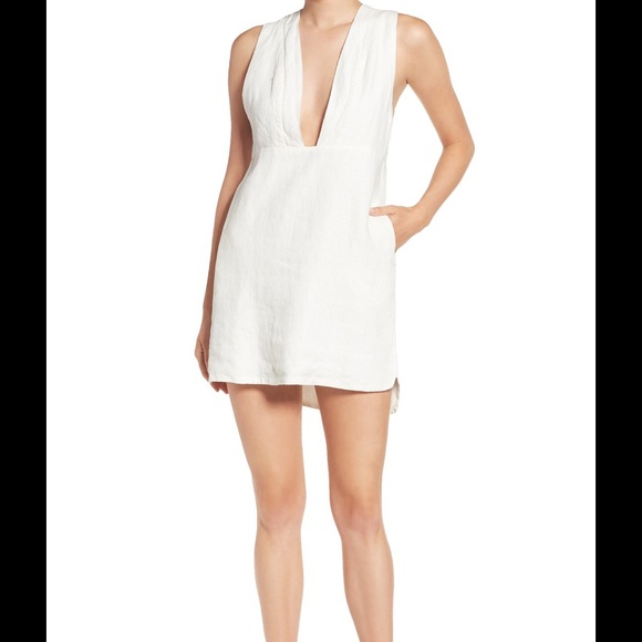 d560eda8f60 Sincerely Jules  Drew  plunge neck linen dress