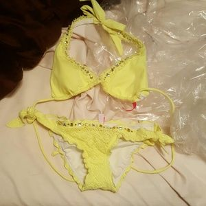 Xs Victoria Secret Bikini Bottoms and small top