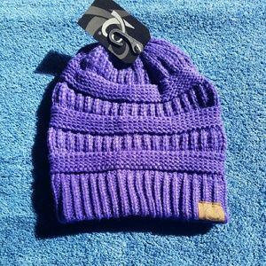 Accessories - *last 1* NWT Deep Purple Knit Beanie