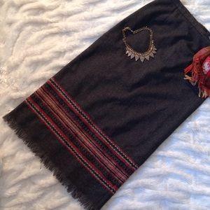 Sag Harbor Dresses & Skirts - ❤🍁Sag Harbor Gray skirt with adorable detail❤