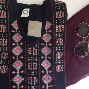 NWT Anthropologie Akemi + Kin Embroidered Tunic