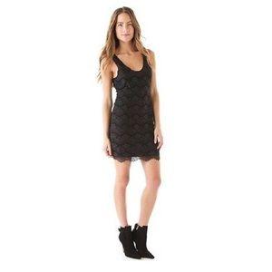 Dresses & Skirts - Soft Joie black lace dress