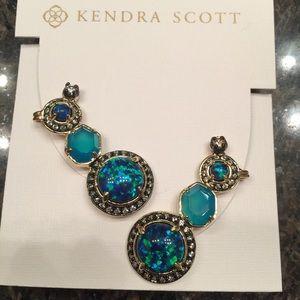Kendra Scott Jewelry - NWT Kendra Scott Caralyn Earrings
