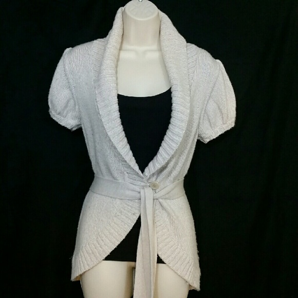 87% off BCBGMaxAzria Sweaters - 💥BCBG MAXAZRIA Sweater Short ...