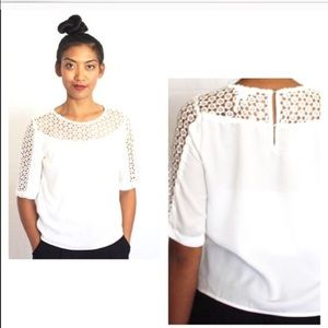 SALE🎉White feminine boxy blouse