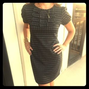 En Focus Dresses & Skirts - ♦️Houndstooth shirt dress size 6P♠️