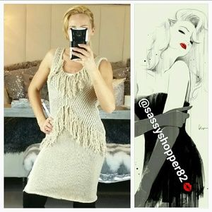 🌟Sassy knitted dress with fringed details!