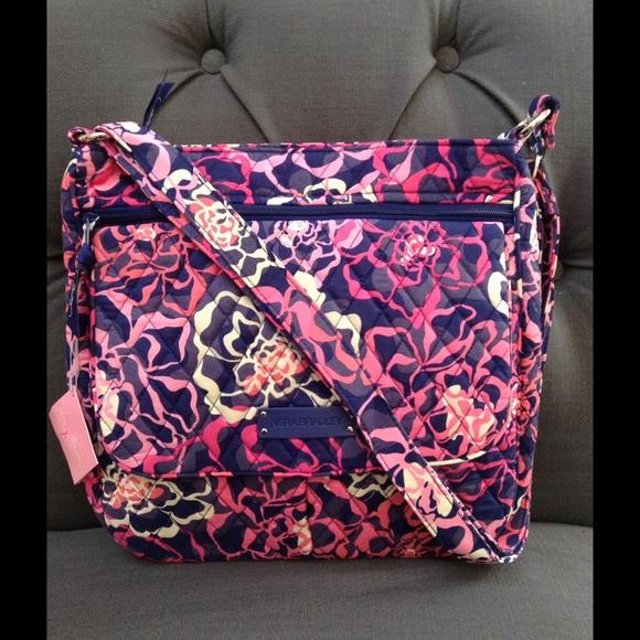 Vera Bradley Bags   Nwt Hp Double Zip Mailbag   Poshmark 21eaeec1fb