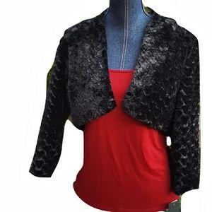 Marina Rinaldi Sweaters - 🎯New MARINA Faux Fur L Shrug Black Cardigan