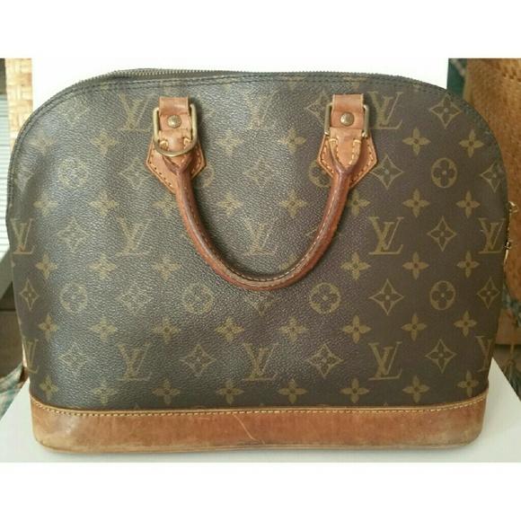 Louis Vuitton Bags   Soldauthentic Monogram Alma Pm Bag   Poshmark 0b2c425e5c