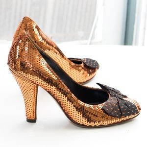 Moschino 'Cheap & Chic' bow pump, copper sequin