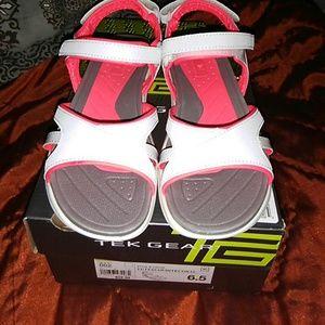 tek gear Shoes - Tek Gear Sandles NWT