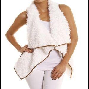 Jackets & Blazers - Faux fur vest poncho
