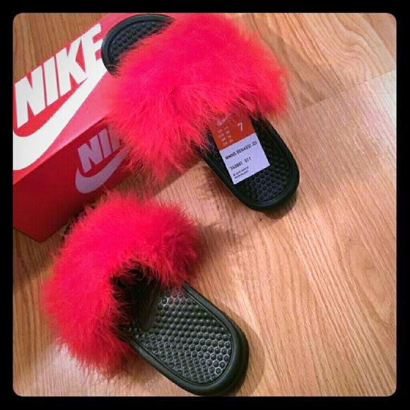 4fa17920ec520 Custom Red fur slides