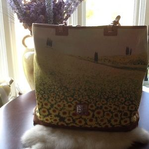 "Handbags - Dooney Bourke purse"""