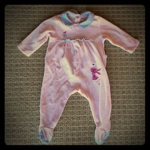 Sucre D'Orge Other - Sucre d'orge pink velour footed onesie, 0-6 m