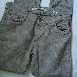 Leara Woman Skinny Pants Sz 8