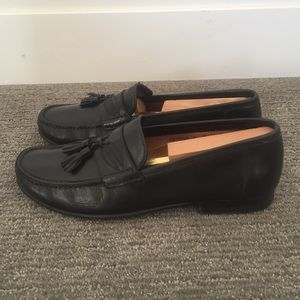 Santoni Other - Santoni men's tassel loafers excellent condition
