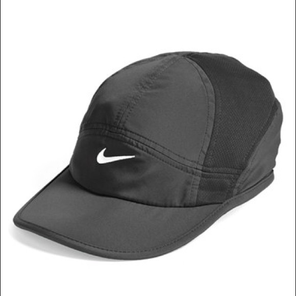 ffed6bea6d4ec Nike Accessories | Featherlight 20 Drifit Cap | Poshmark