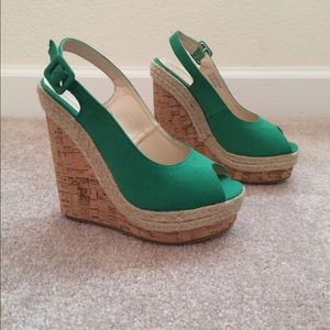 shoedazzle Shoes - Green platform wedges