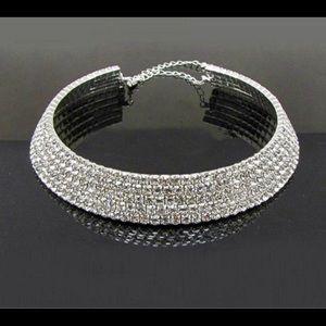NWT Charming Crystal Rhinestone Collar Necklace