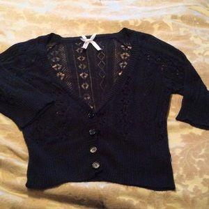 Derek Heart crop sweater sz L