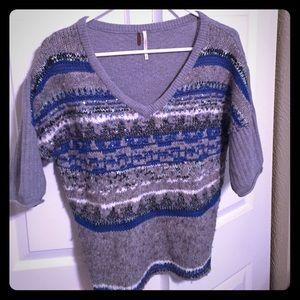 Free People Sweater, like new, half sleeves