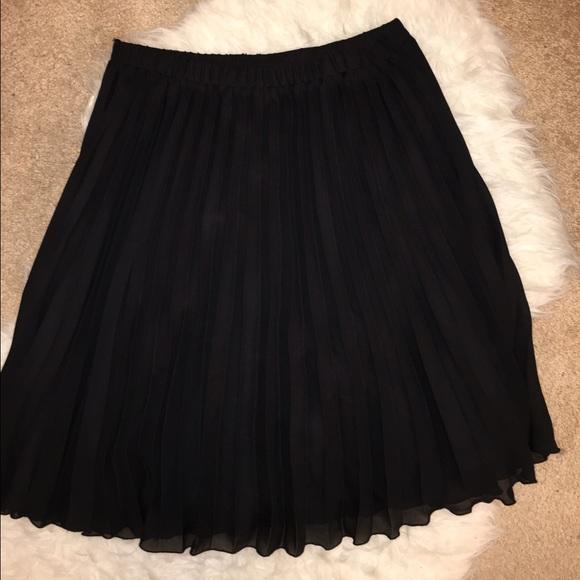 67% off Elle Dresses & Skirts - Elle black pleated a line skirt ...