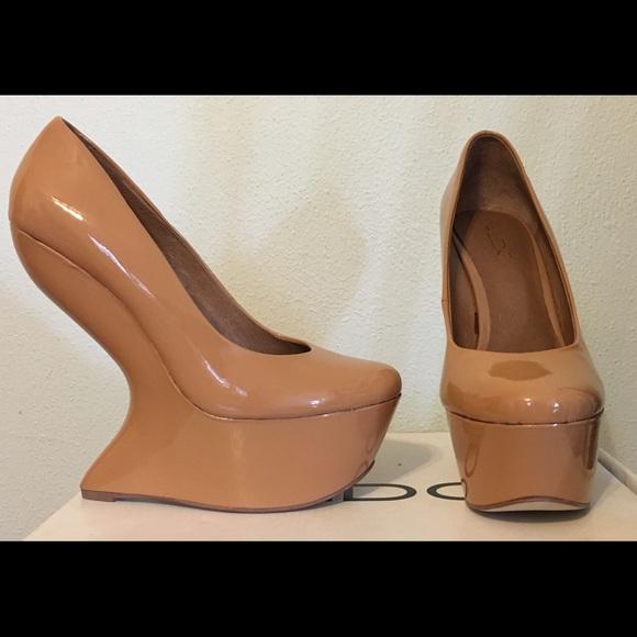 3267b5bf7c8 Aldo Shoes - 🎉HOST PICK🎉 Aldo heel-less platform shoes