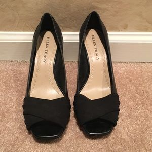 Black Ellen Tracy Heels