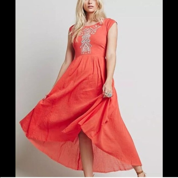 Free People Dresses & Skirts - Free people Meadows embroidered cutout dress 👗