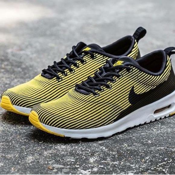 NWT Nike air max Thea