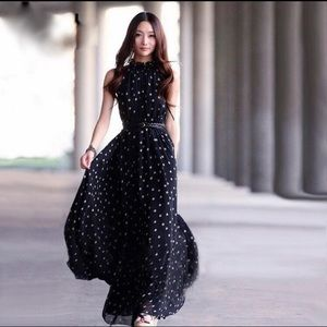❗1 left ❗5 ⭐️ rated Polka dots casual maxi dress