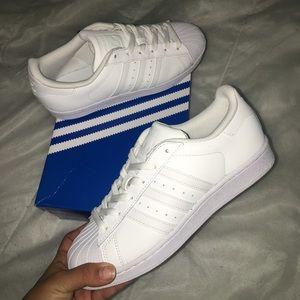 Adidas Shoes - White adidas superstars