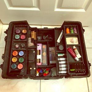 Professional Make Up Artist Starter Kit