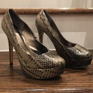 Pelle Moda SnakeSkin heels