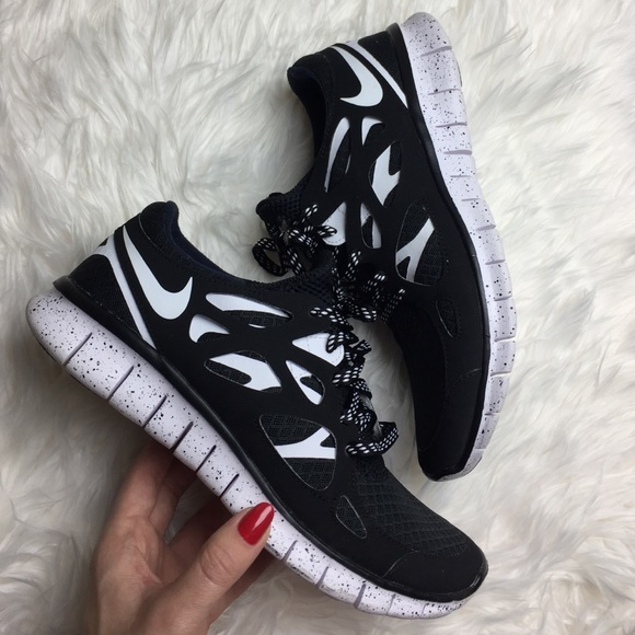 hot sale online 20d8d 5d70a Nike ID Oreo free run 2 custom. M 582fb2b74225be28ca012f8f