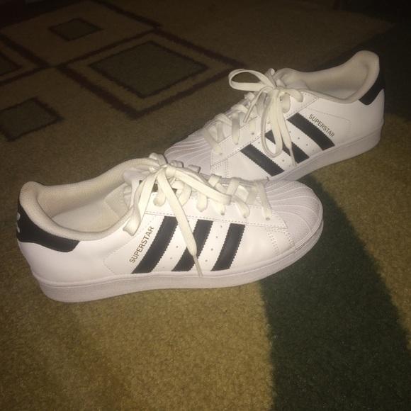 Le Adidas Superstar Poshmark Numero 75