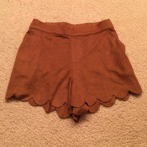 Faux suede shorts with scalloped hem