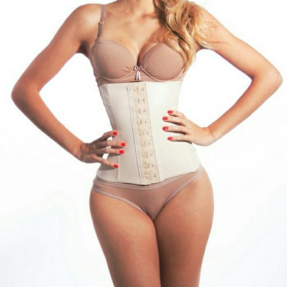 c53bc5d8218 Elka Brazilian brand Other - Latex waist trainer corset beige like Kylie  belt