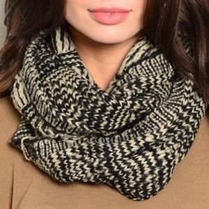 Accessories - Sale! Thick Black Patterned Infinity Scarf