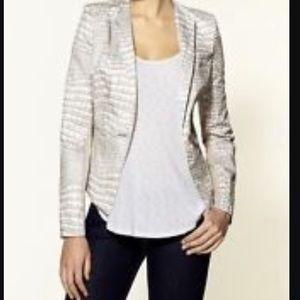 BCBGMaxAzria Jackets & Blazers - BCBGMaxaria Fitted Blazer