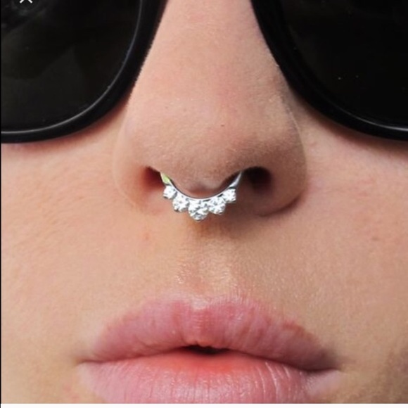 Nwt In Style Faux Undernose Septum Piercings 3pack Nwt