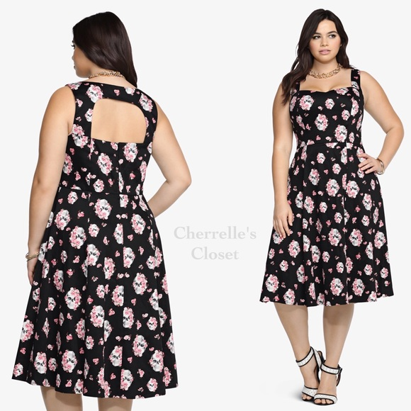Torrid Floral Skull Swing Dress Plus Size 22 & 24 NWT