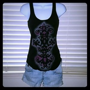 *Cool black & purple tank*