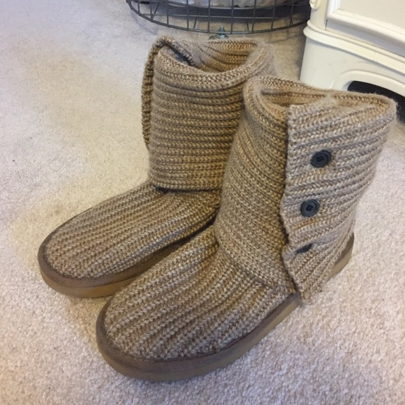 Zappos Sweater Uggs 106