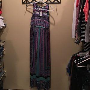 Soma Dresses & Skirts - Soma intimates empire keyhole maxi print dress