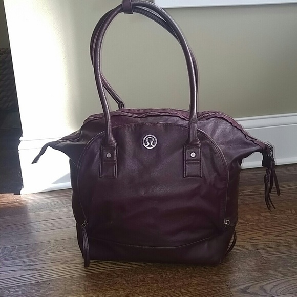 b52b670c98 lululemon athletica Handbags - Lululemon yoga carry- all bag very good  condition